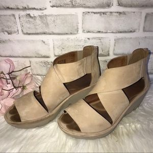 Clarks Wedge Peep Toe Bootie Shoes 7
